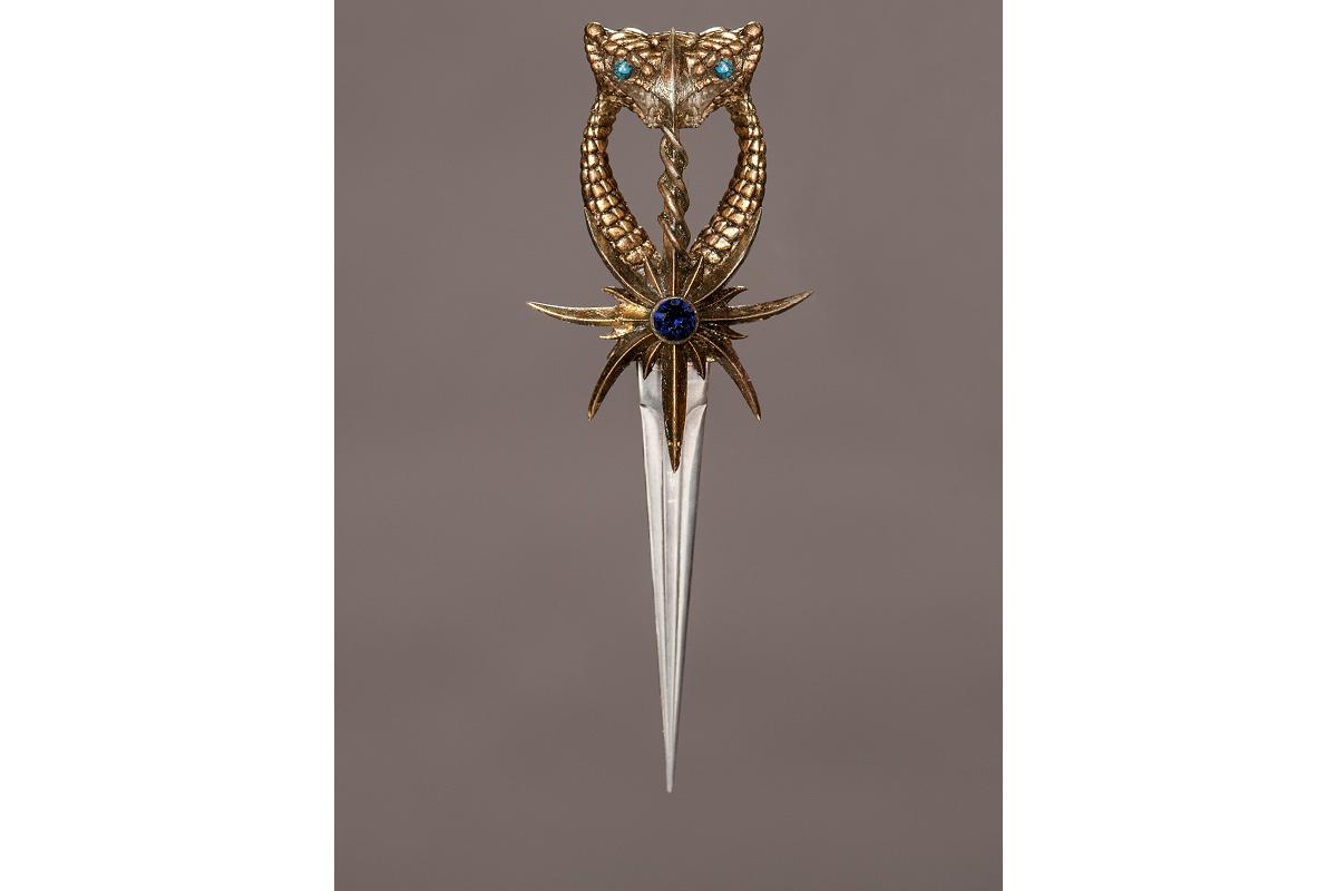 Ellaria's dagger, which she uses to murder Doran.