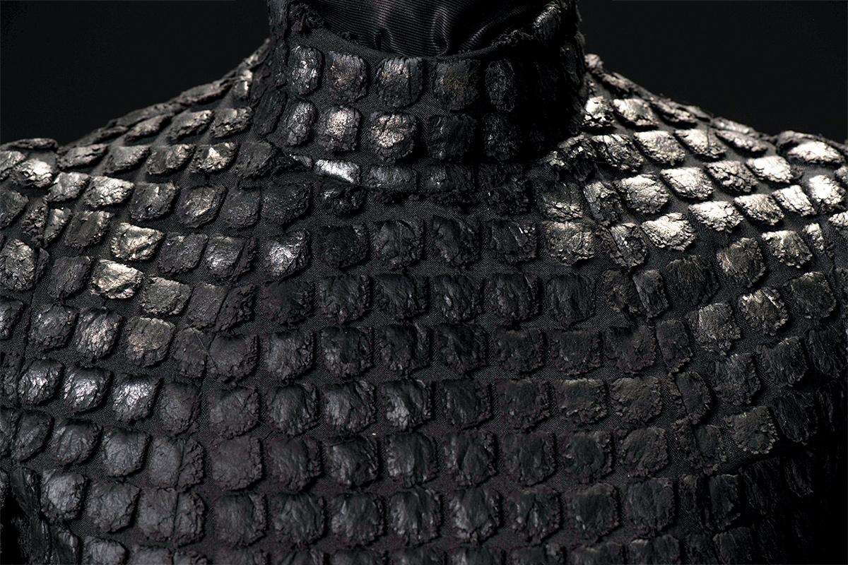 mgot_cersei_costumes_slideshow_02_1200x800.jpg
