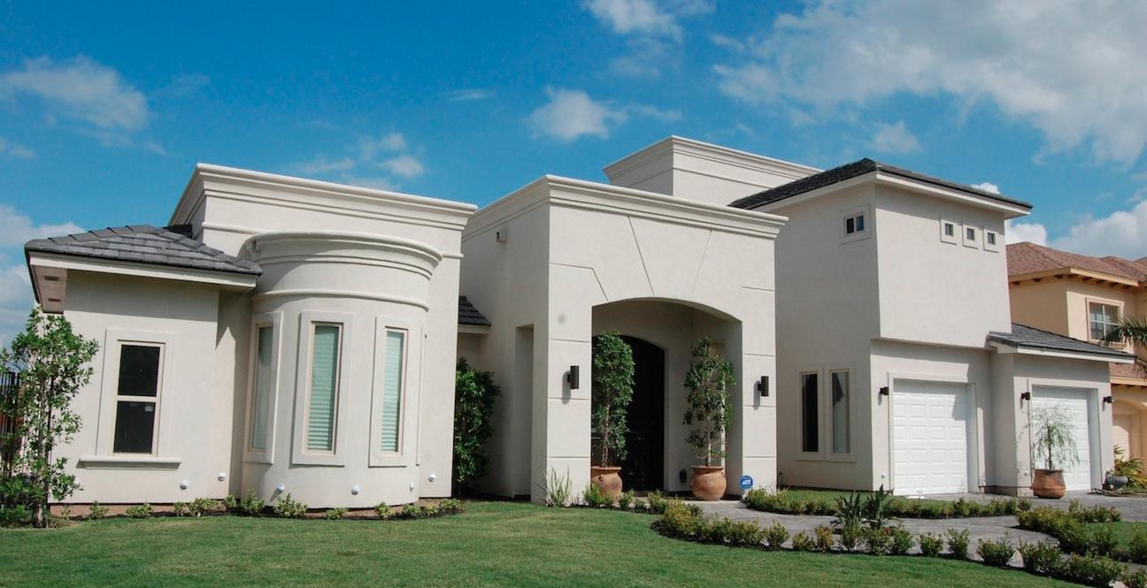 LEFT HOUSE | BROWNSVILLE, TX