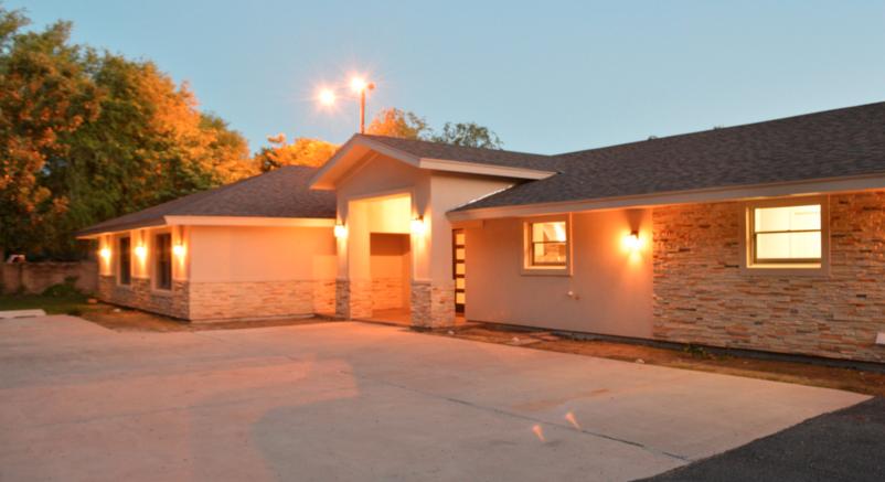 ROYUN HOUSE | BROWNSVILLE, TX