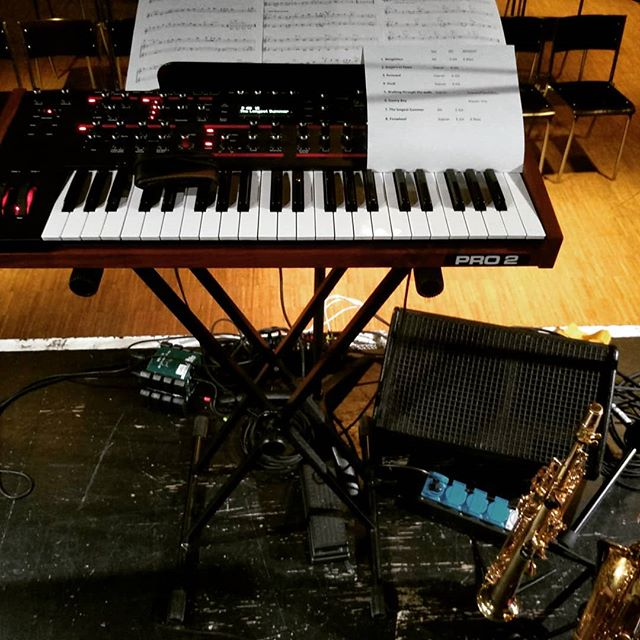 #büroalltag #dsipro2 #ventus  #showtime #1830 @toni_mehrspur  #musician #bamcases #monocreators #sax #saxophone #selmerbalanced #yanagisawaelimona #selmermouthpiece #robertowindsreeds #musicianlife #inear_germany