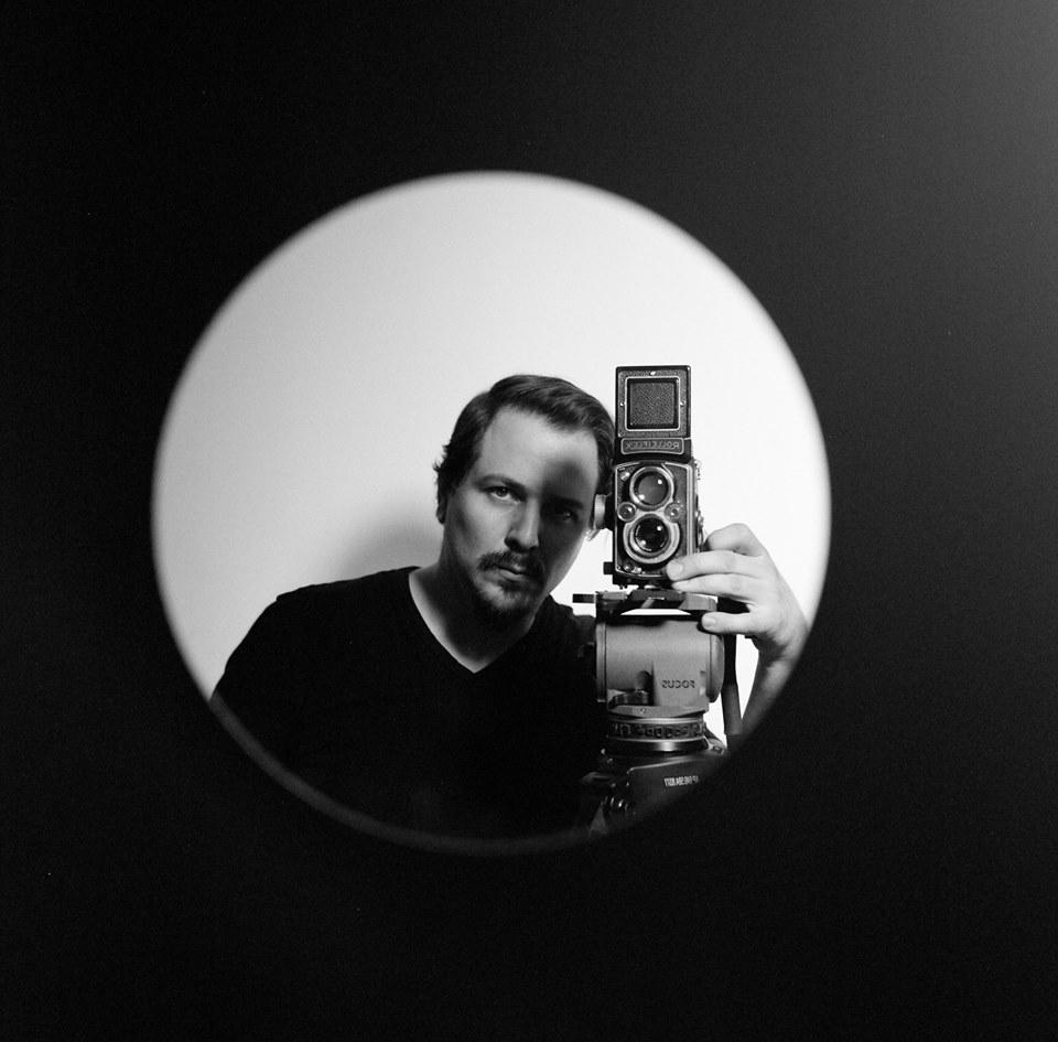 andy self portrait iris in.jpg