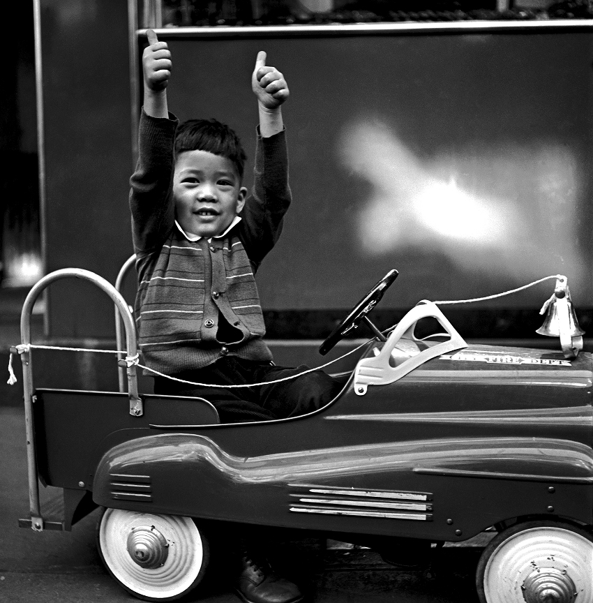 Thumbs Up, 1944