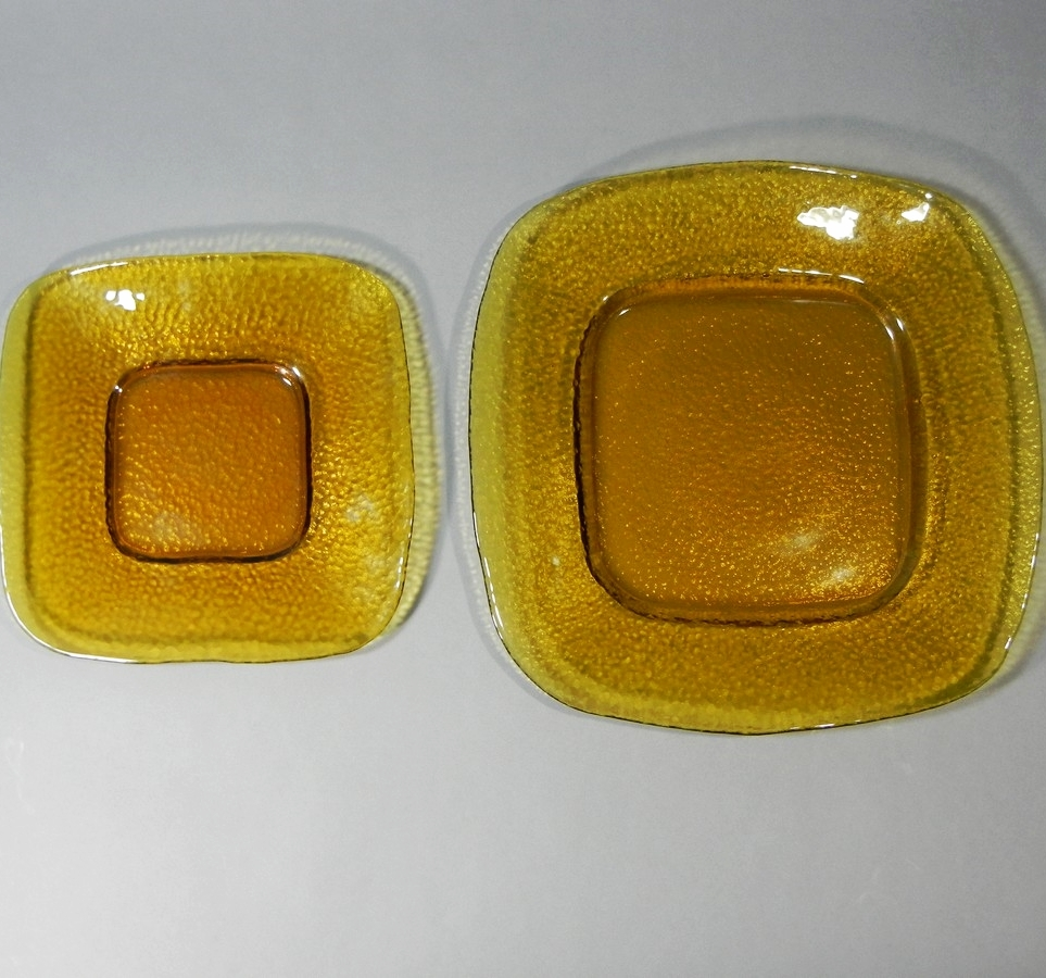 Hammered Amber Glass Plates 8'' & 12''