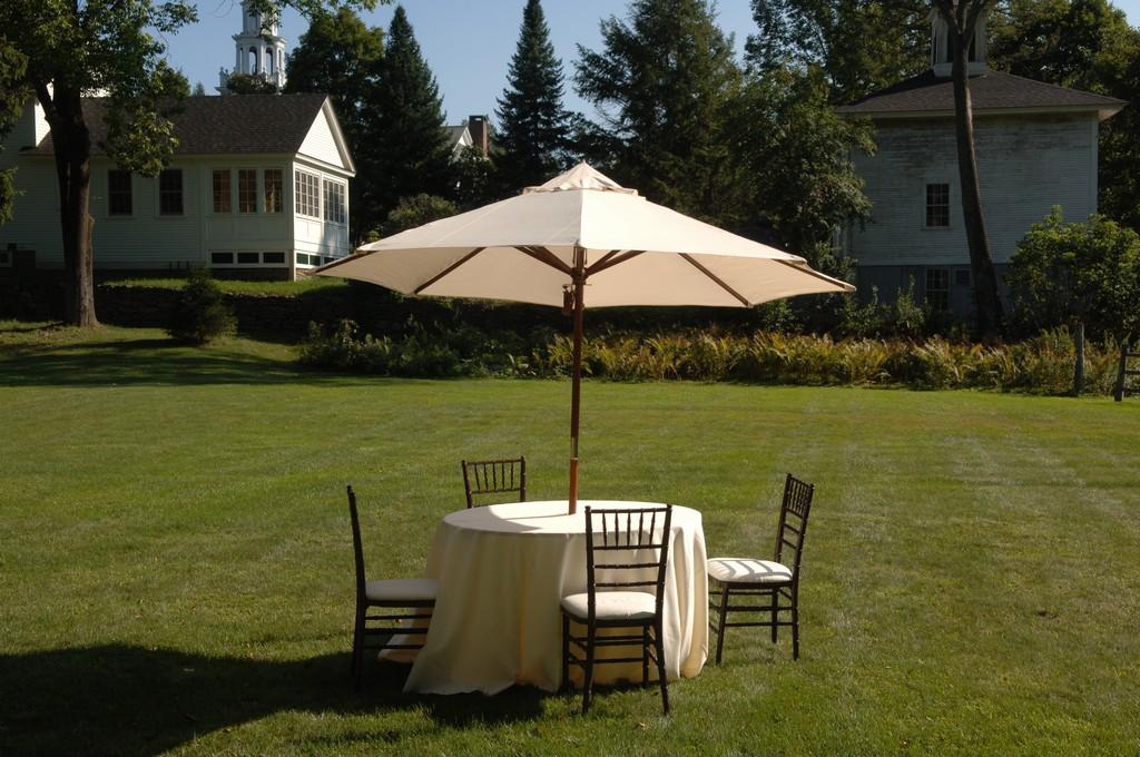 VTC_Umbrella Table_01.jpg