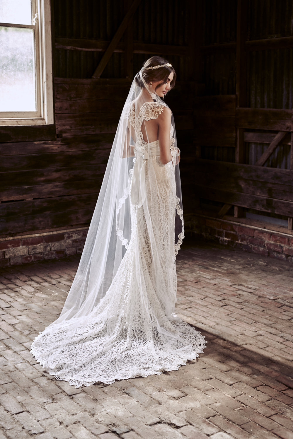 Eleanor A Line Lace Anna Campbell The Bridal Atelier 02.jpg