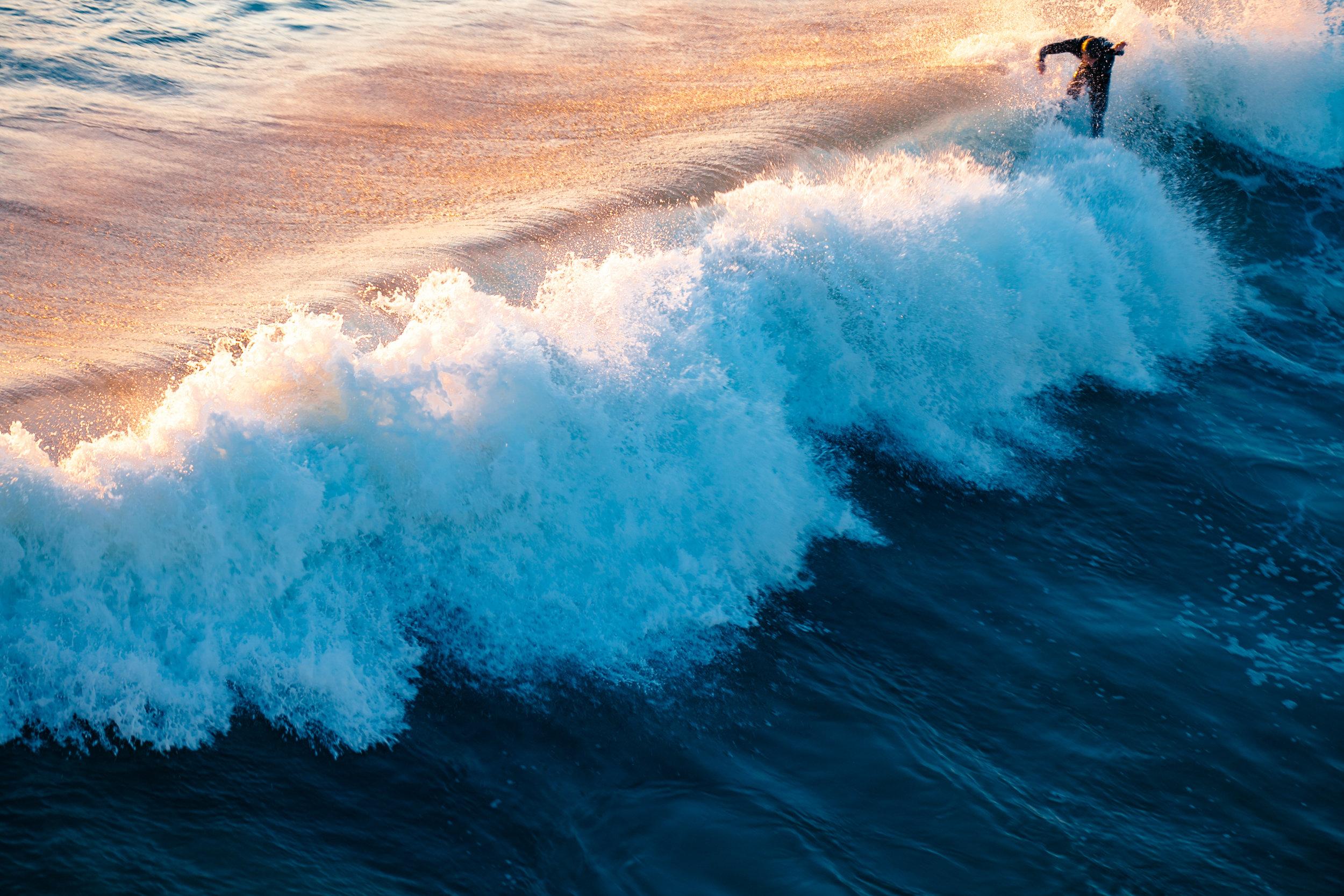 wave me.jpg