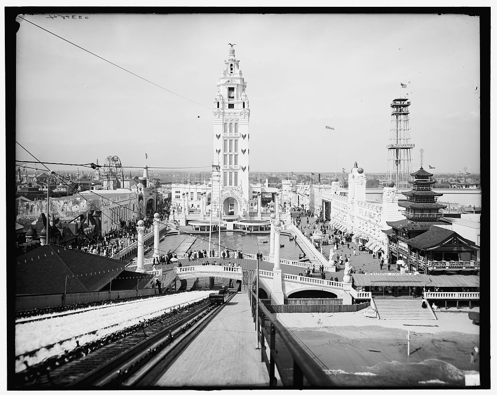 Dreamland (h/t Library of Congress).
