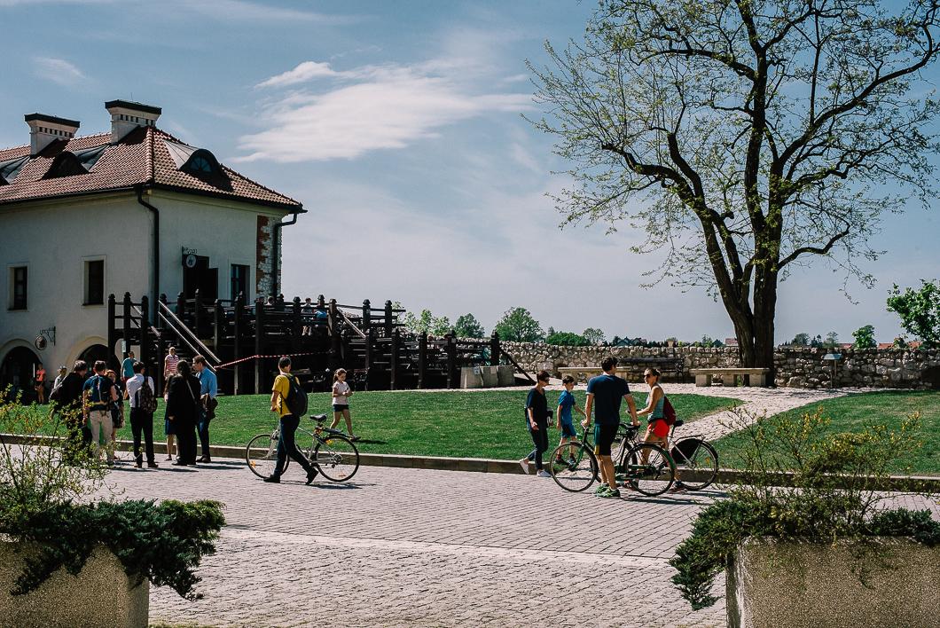 Dziedziniec Opactwa Benedyktynów w Tyńcu
