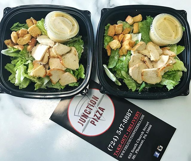 Add chicken or steak to our Caesar or Spinach salad for a healthy meal option! . . . #thejunctionpizza #mtpleasantpa #bestintown #724 #chickencaesar #foodporn #foodie #foodphotography #pittsburgh #greensburgpa #scottdalepa #norvelt #bearrocks #🍕