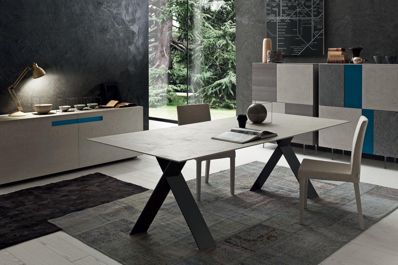 Tailor-Table-2W.jpg