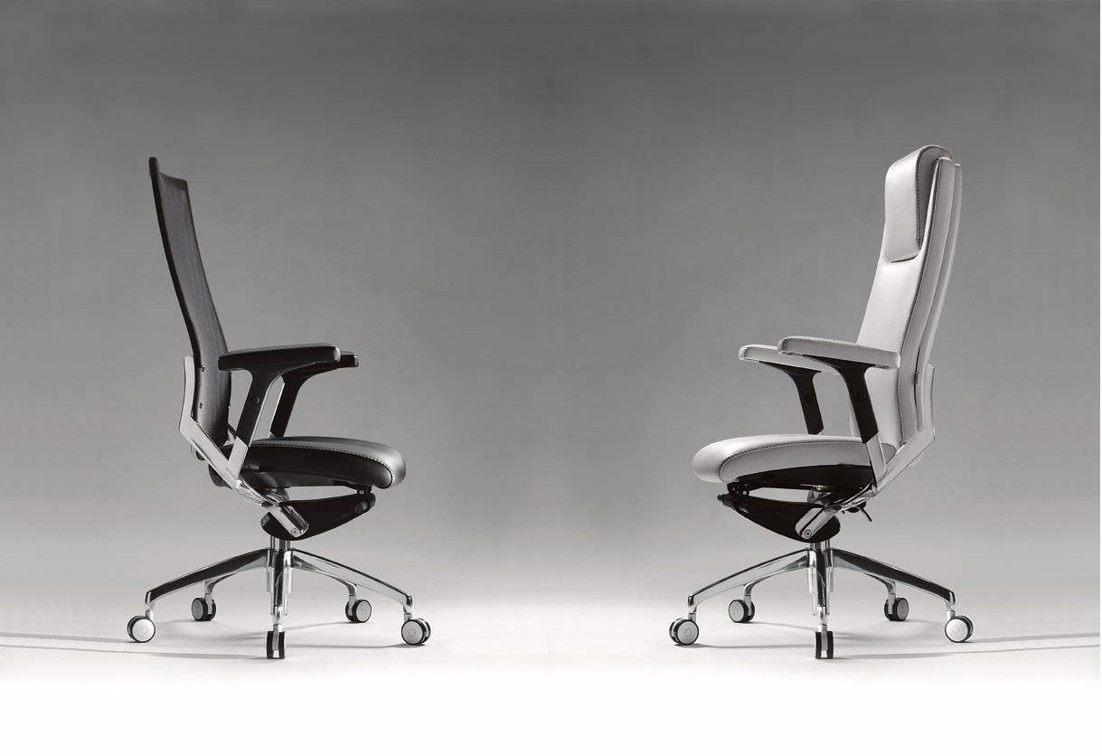 armchair-50713-1620503.jpg