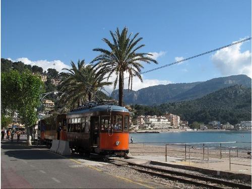 4463352-Soller_to_Port_de_Soller_Tram_Majorca_Island.jpg