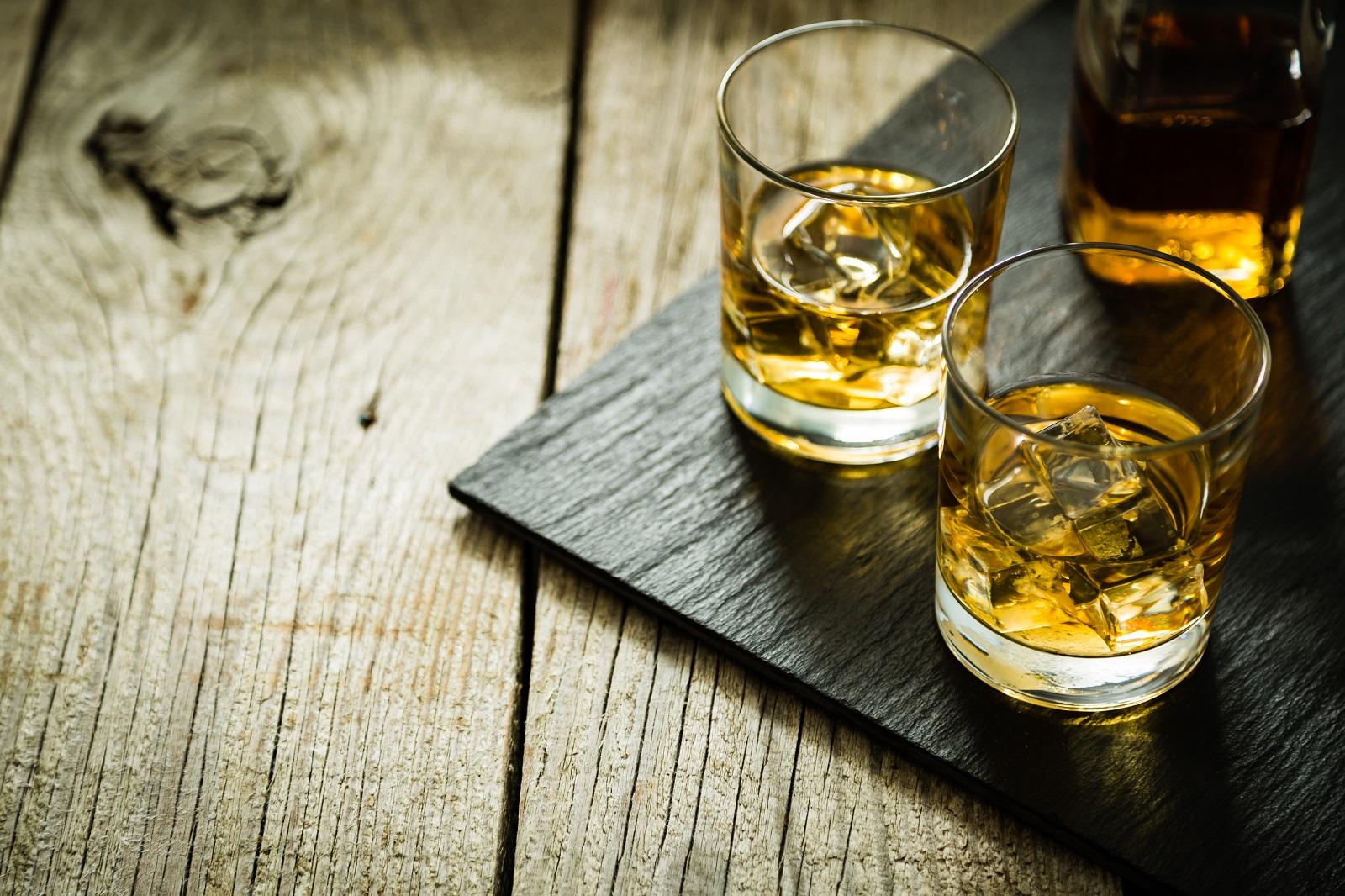 12-datos-curiosos-que-no-conocias-sobre-el-whisky.jpg