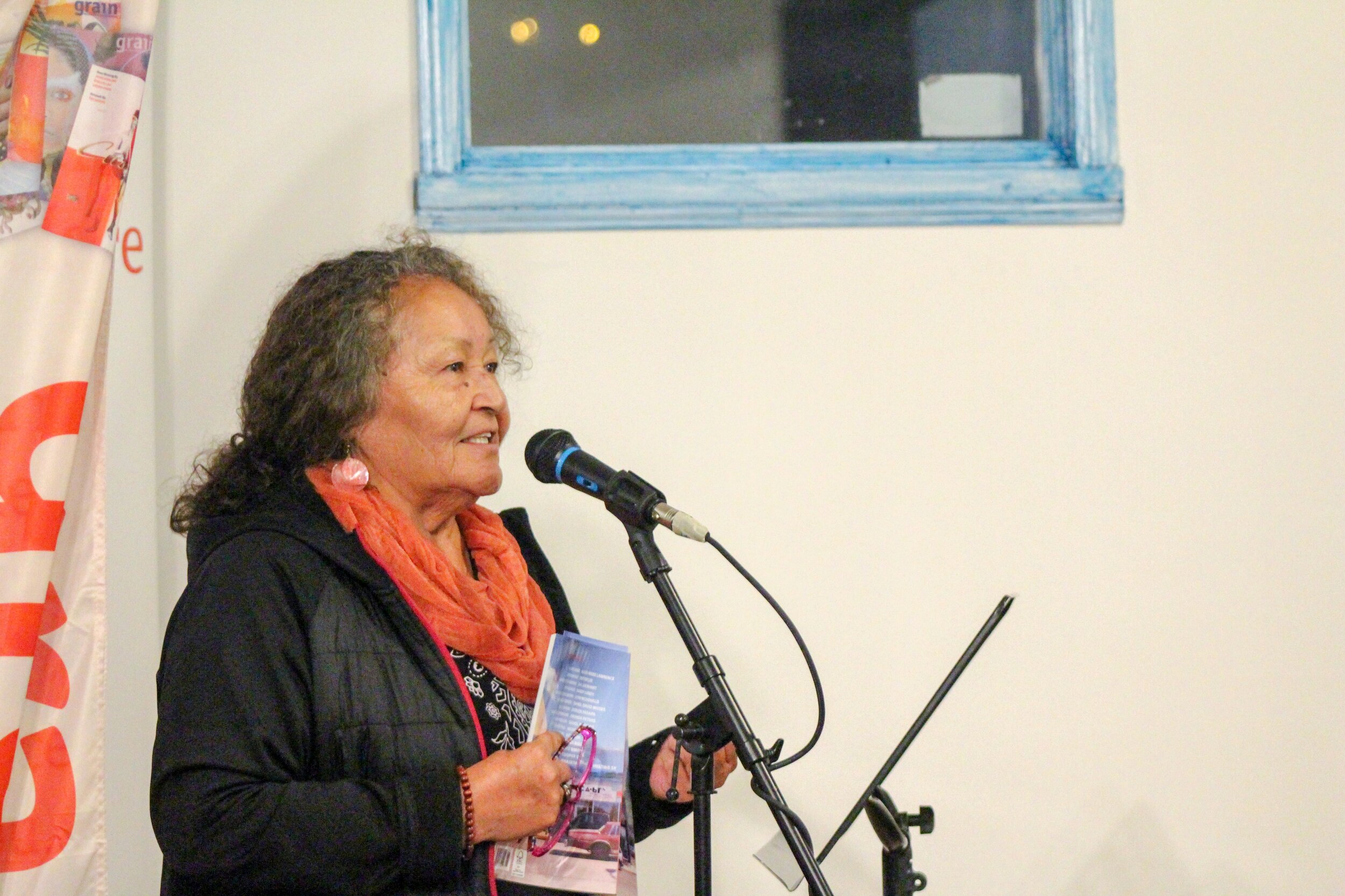 "Doreen Pasapa reading her poem ""Pa'gon Nut"""