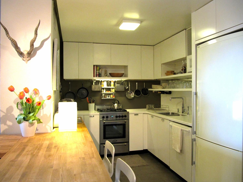 85-Kitchen-sml.jpg