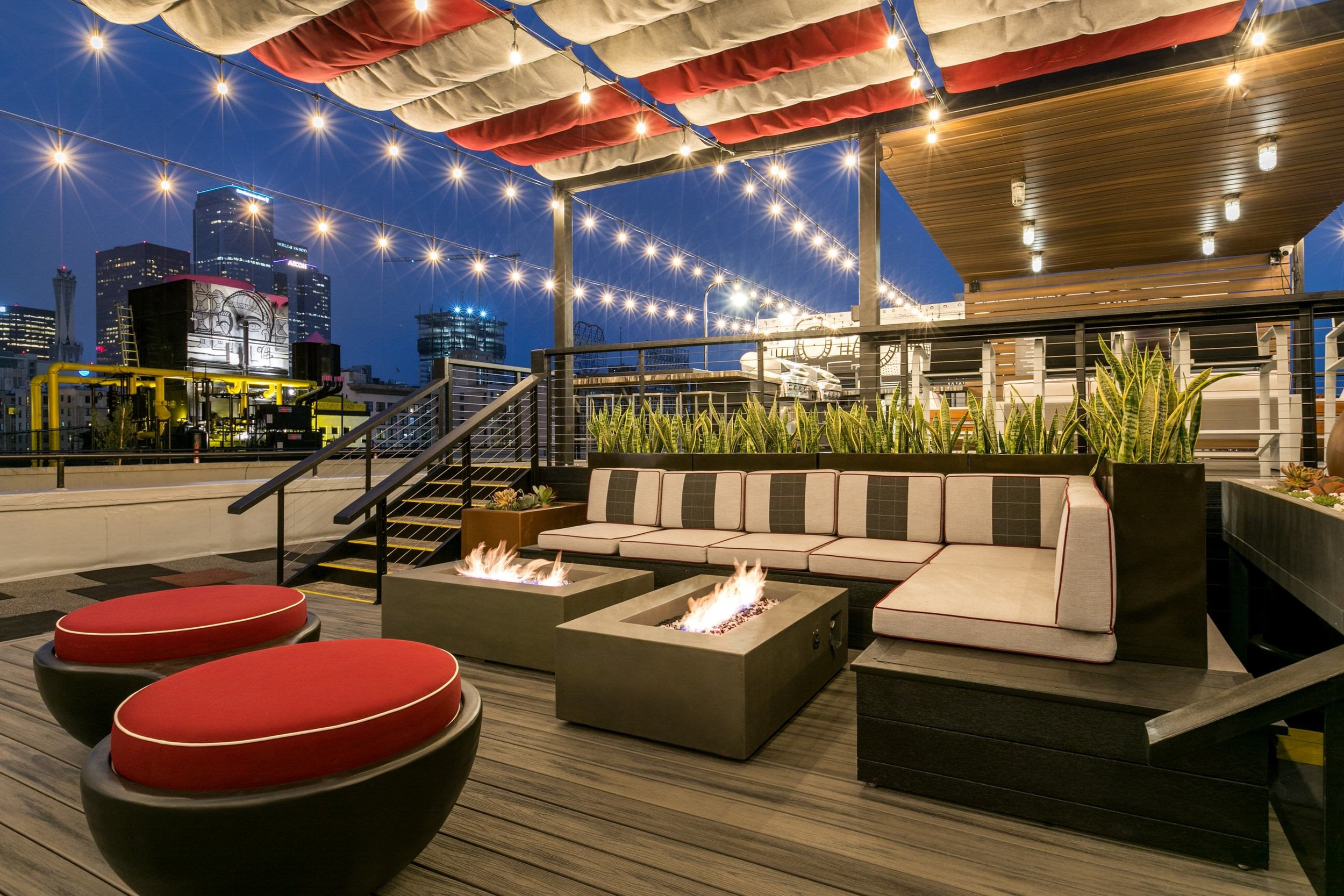 Rooftop Lounge Area at Santa Fe Lofts(3).jpg