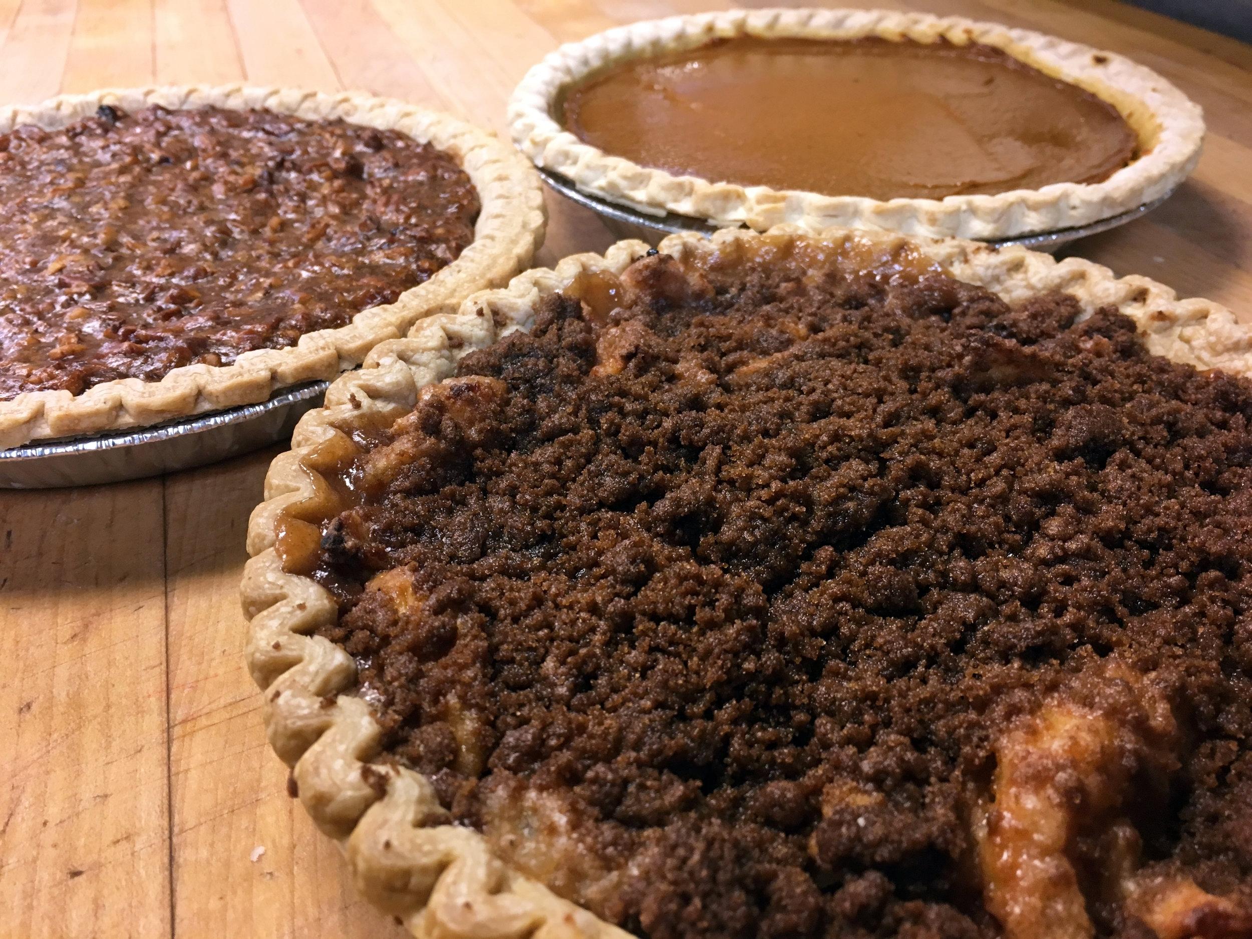 both-special-sweet-pies-applepecanpumpkin5.jpg