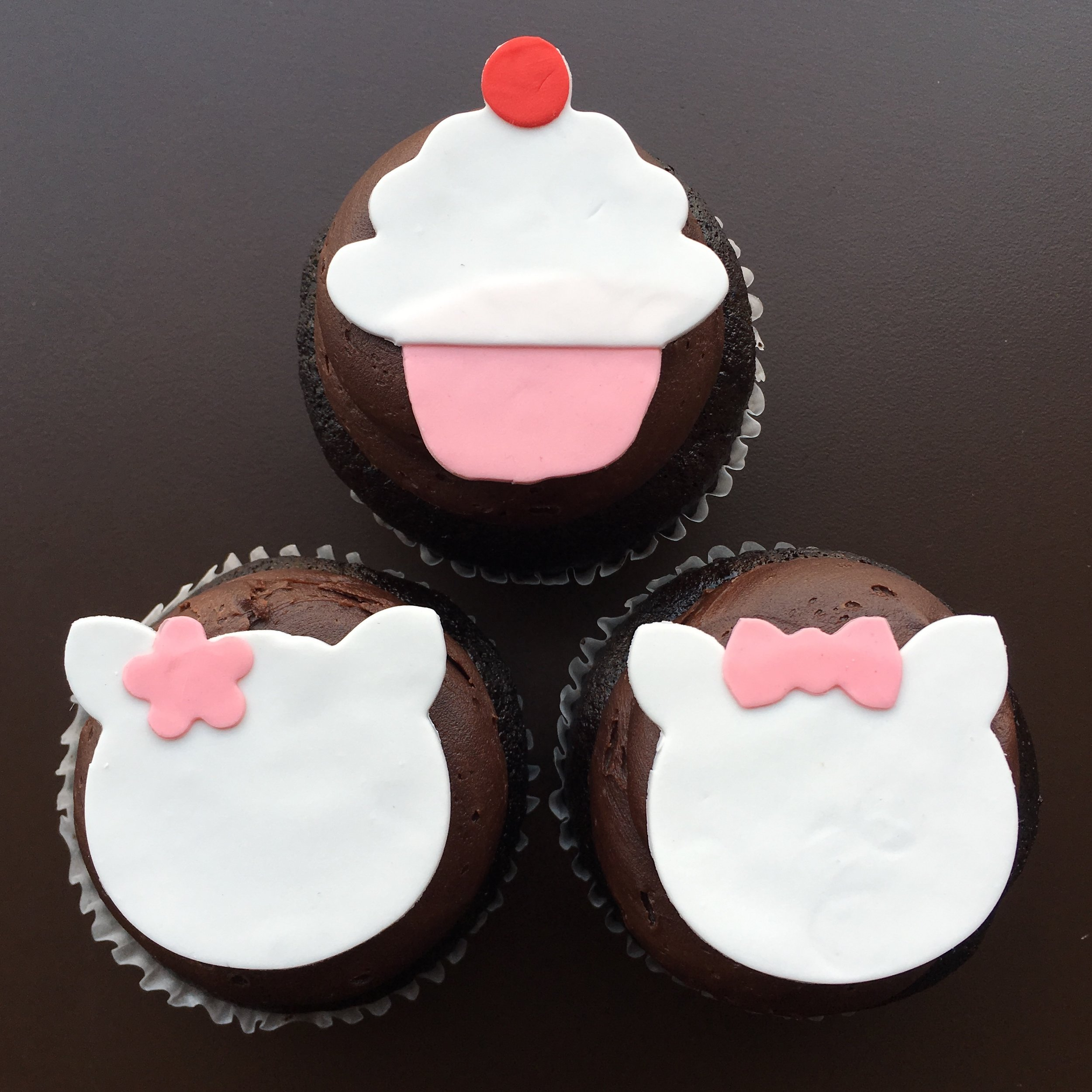 stf-cupcake-kitty2.jpg