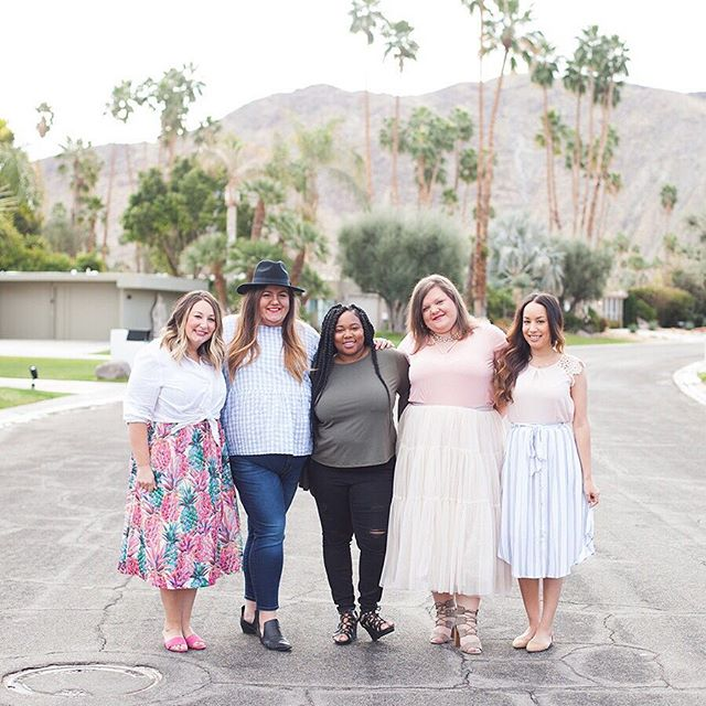 Having the right support system around you as a business owner is a really big part of your success. . These girls right here (and the others who are tagged) have my back 100% percent of the time. There is no competition, just genuine support, day in and day out. . If I could give one piece of advice to those of you who are embarking on your journey it would be to find your tribe. Find those fellow business owners who support and uplift you, make you laugh so hard during the rough spots and genuinely care about your business and success. . Happy to have spent this lovely day with two of them! It's just what this girl needed. 📸 @callme_christine