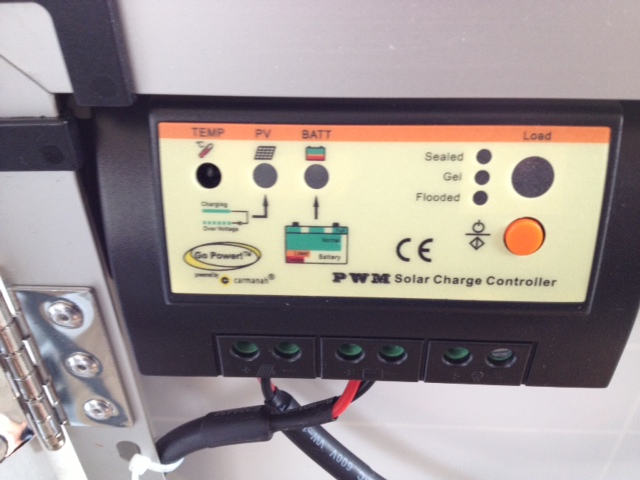 Built-in charge controller