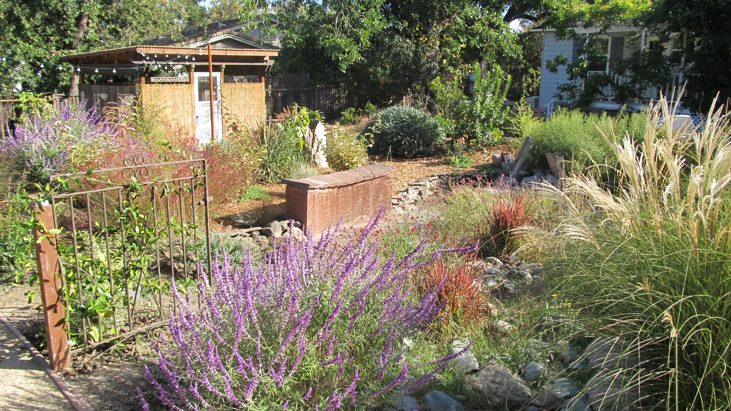 Sustainable Naturalists Garden Built with 90% Reclaimed Materials