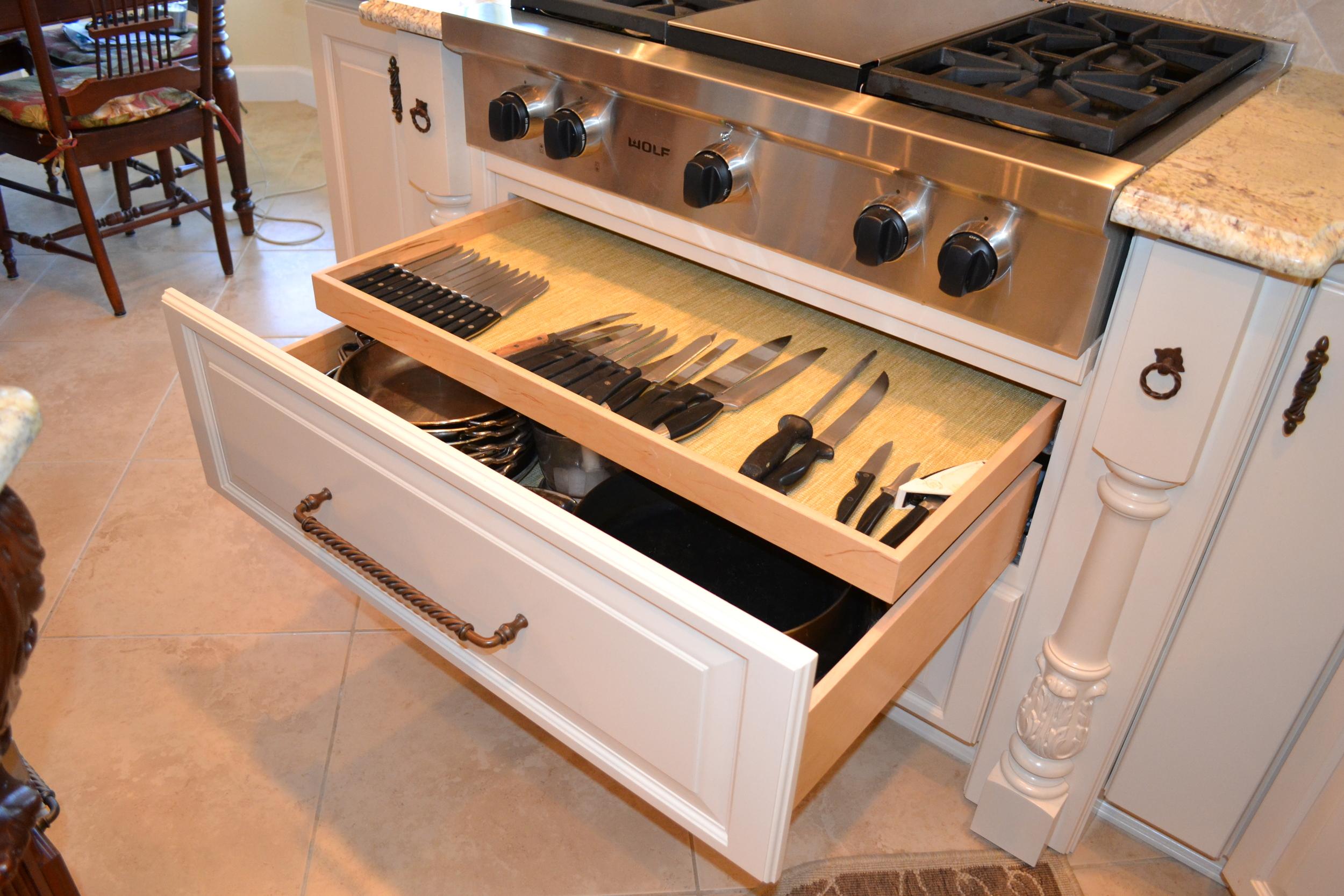 Kitchen 009.jpg