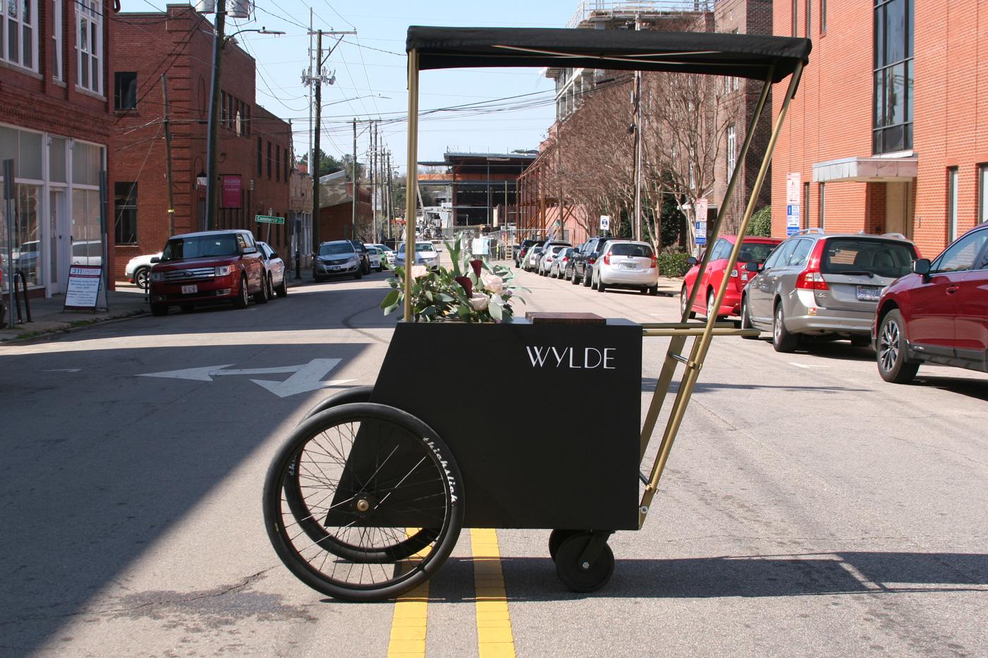Wylde Flower Cart