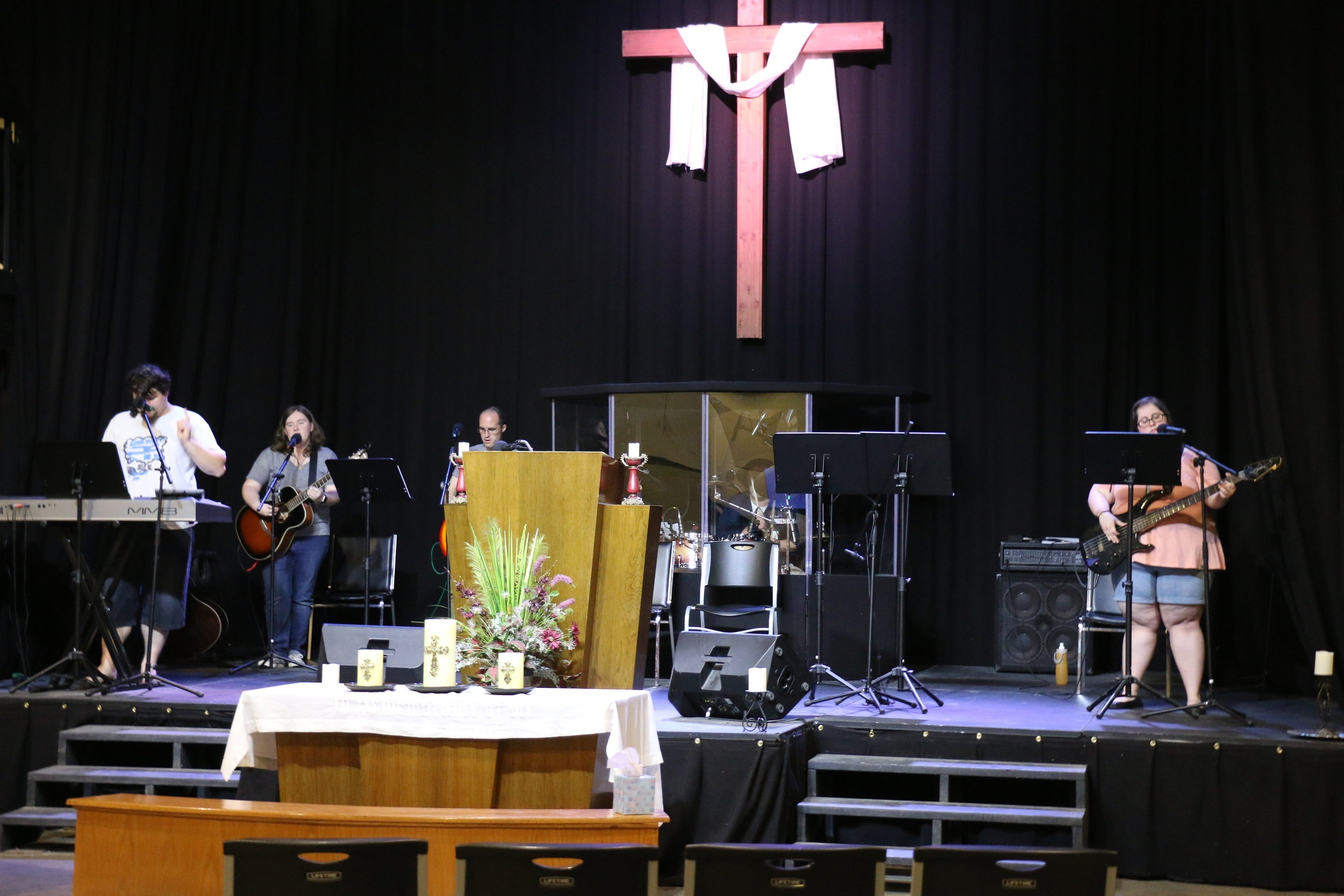 Music - Worship is the expression of the joy found in Jesus. As we gather on Sundays we sing songs of praise, thanksgiving, and adoration to our God