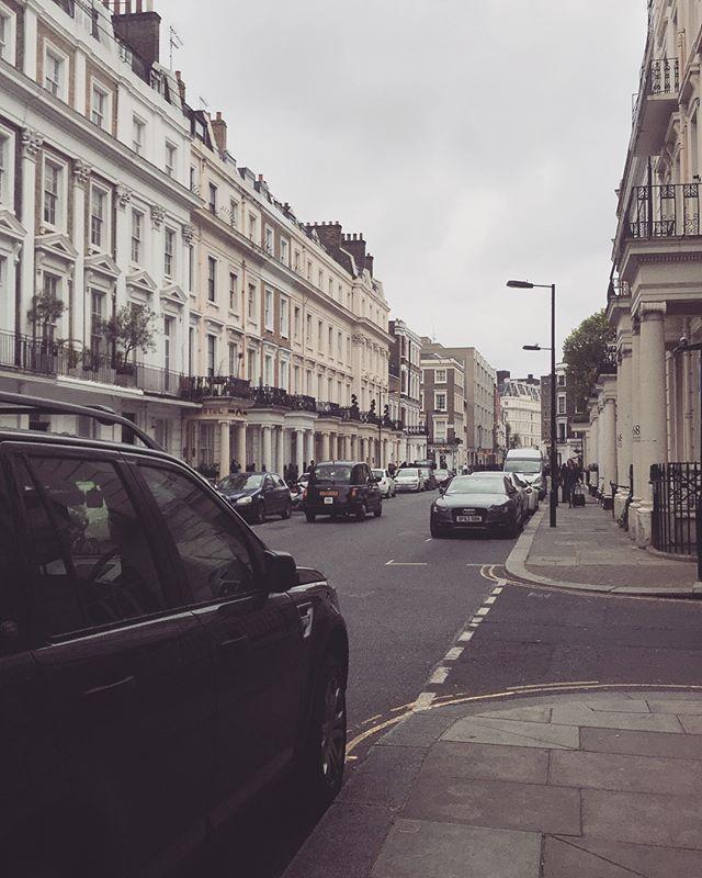 London is so lovely. 🇬🇧