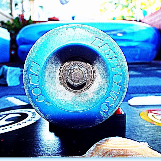 Shared by, Tom Francis, our mate from Perth, Australia. #kryptonicswheels #tomfrancis #skateboarding #longboard #vintageskateboard #skateboardwheels #krypto #blue