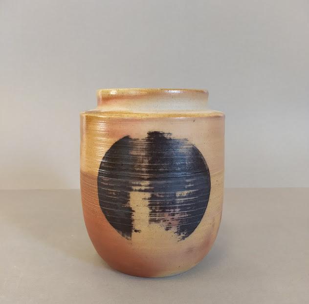 moon jar.jpg