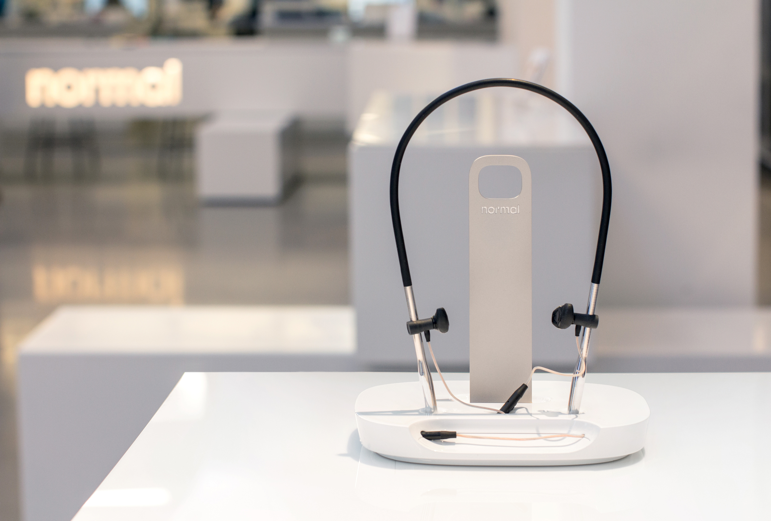 listening jig_instore-8.jpg