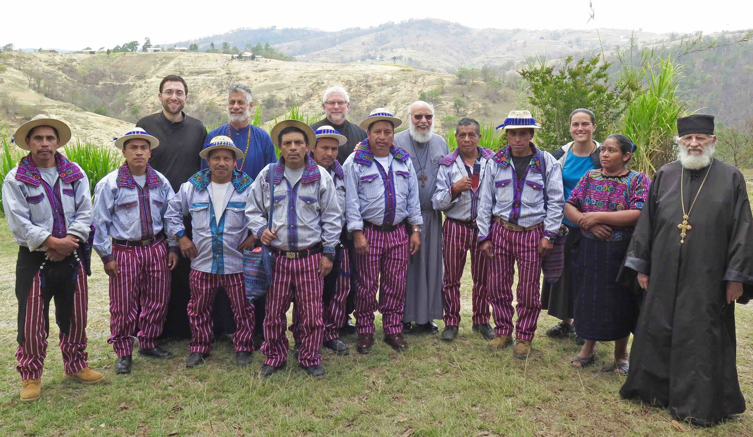 Fr Martin Dn James with todosantero catechists - low res.jpg