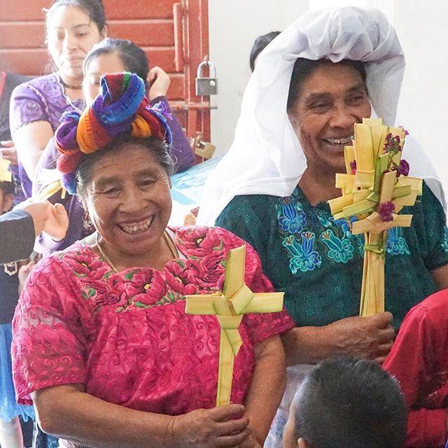 Palm Sunday at the Orthodox Cathedral in Guatemala ☦️🌿🌴 #orthodoxchristian #palmsunday #orthopost #Guatemala
