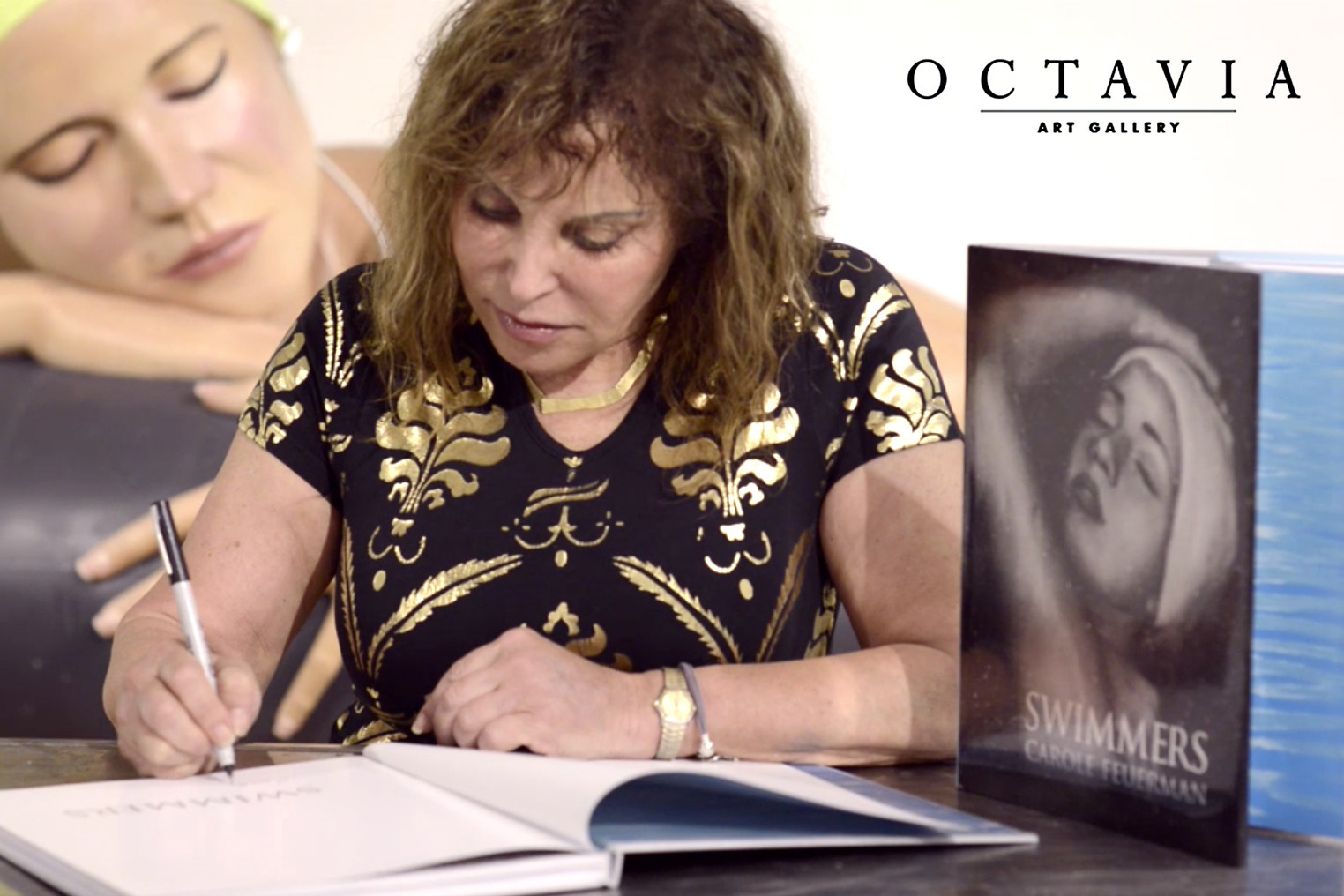 BOOK SIGNING & SOLO SHOW AT OCTAVIA ART GALLERY | HOUSTON    Octavia Art Gallery Houston  held a book signing and solo exhibition forworld-renowned sculptor Carole A. Feuerman  .   Her newest book,   Swimmers  , was published by the Artist Book Foundation and can be purchased  HERE .