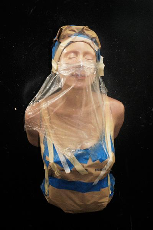It Seems,    sculpture by Carole Feuerman, r  esin and mixed media.