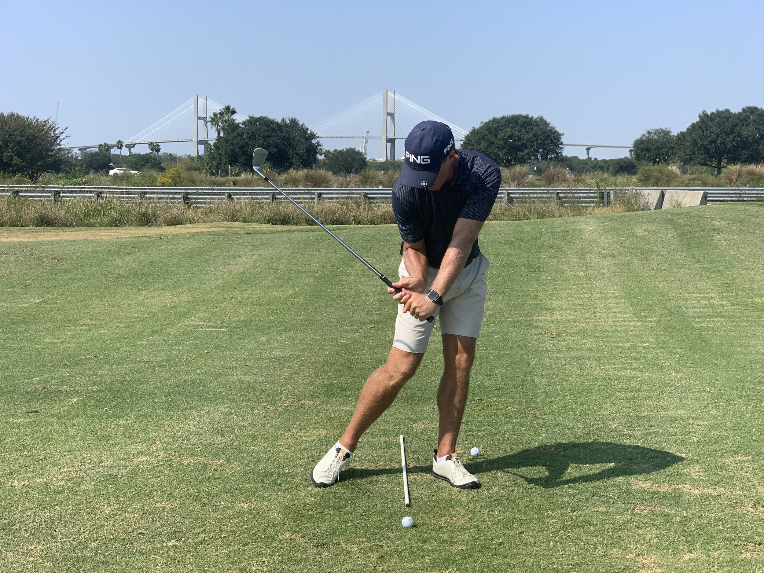 Narrow Downswing