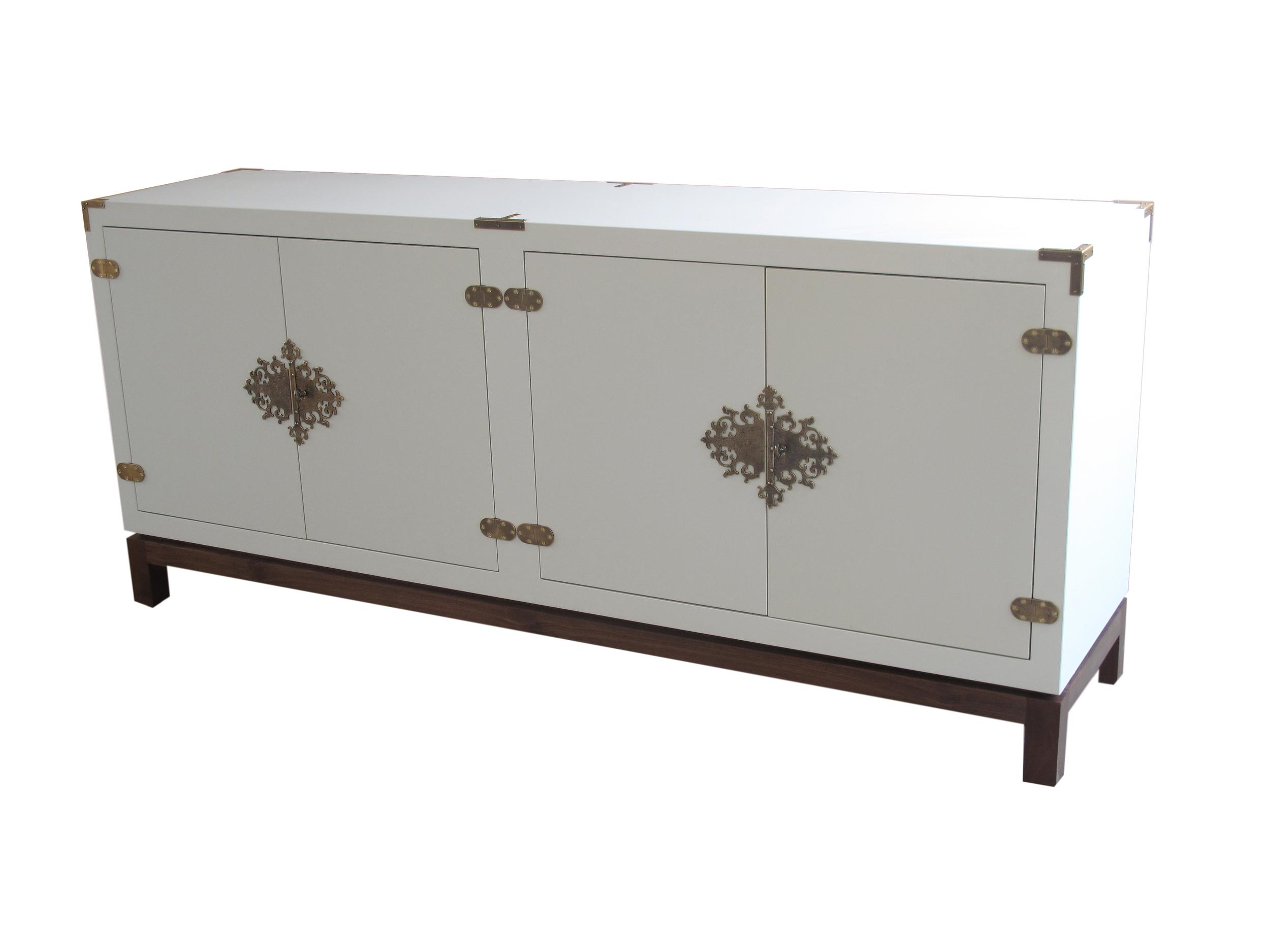 GARNET Cabinet