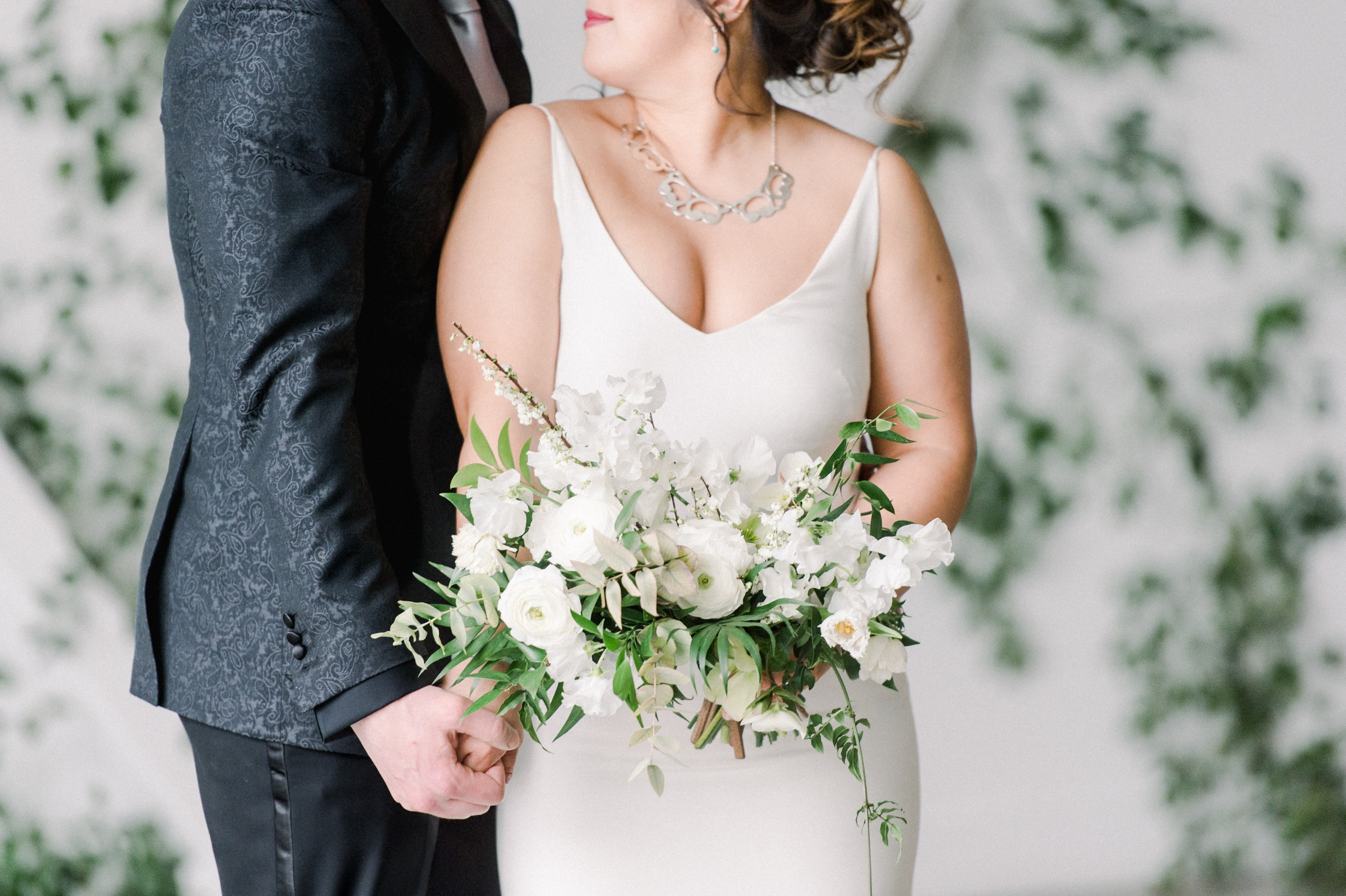 Artists for humanity epicenter wedding | Boston wedding | modern white bridal bouquet by Twig & Briar | green botanical wedding inspiration