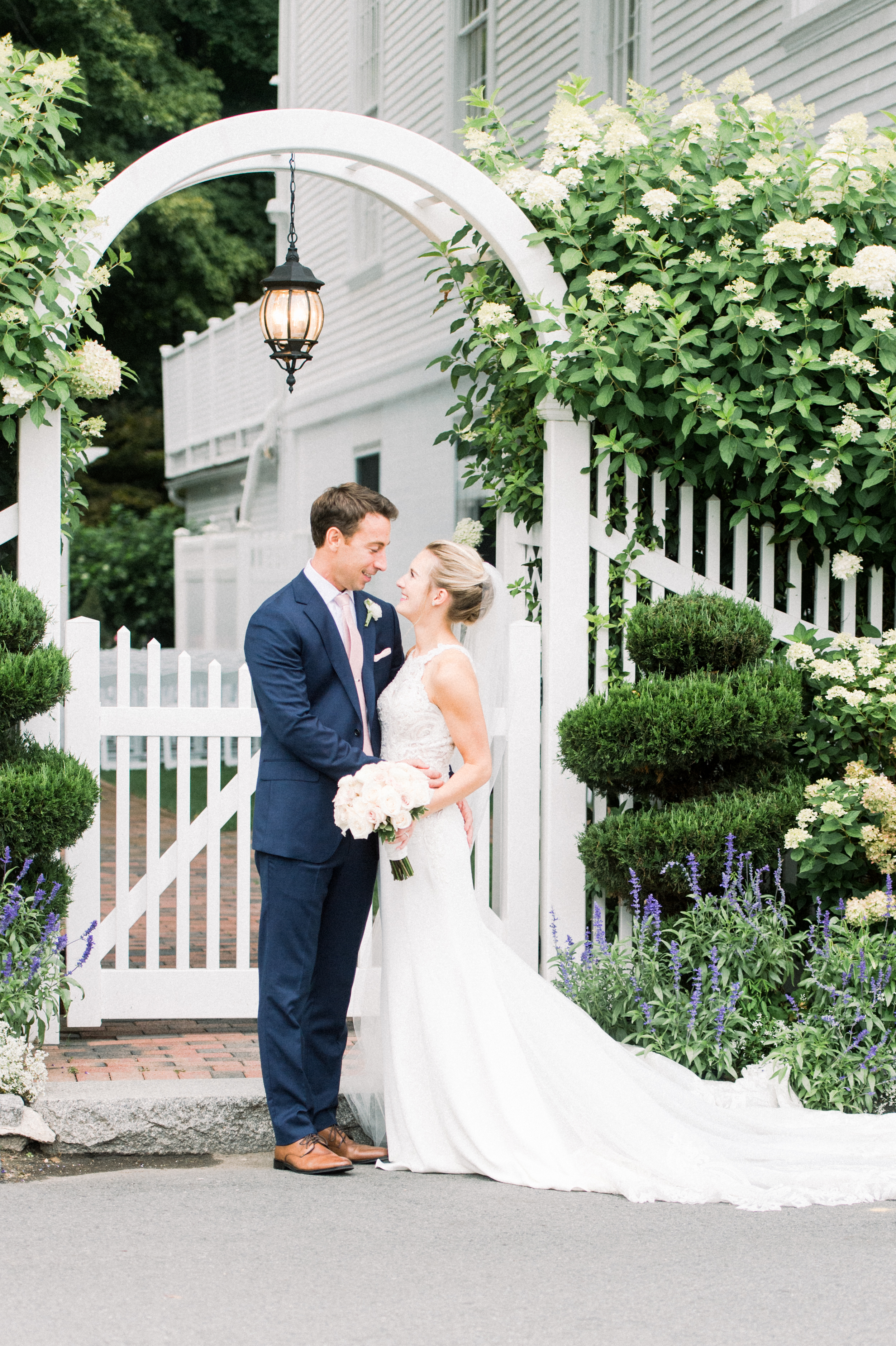 The Commons 1854 Topsfield MA wedding | Massachusetts wedding venue | Massachusetts wedding photography | couples portraits  bride and groom