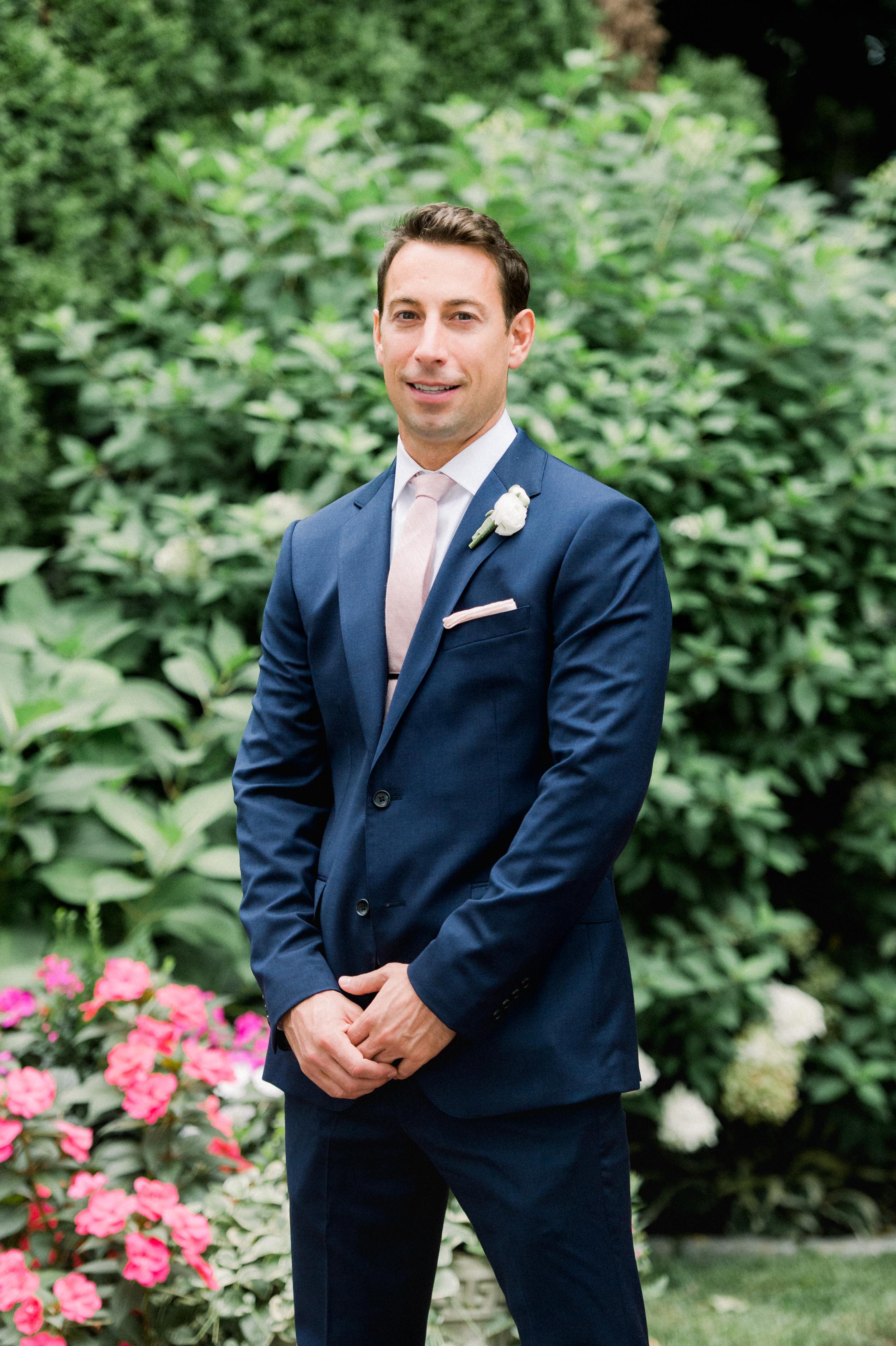 The Commons 1854 Topsfield MA wedding | Massachusetts wedding venue | Massachusetts wedding photography | North Shore MA Wedding photos | groom portraits | MA groom photos | groom style