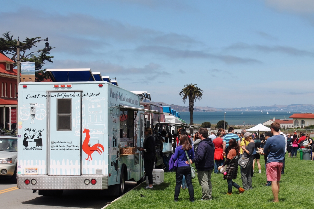 ©tigerrulezzzphotograpy Food trucks at the weekly  Picnic at the Presidio  event