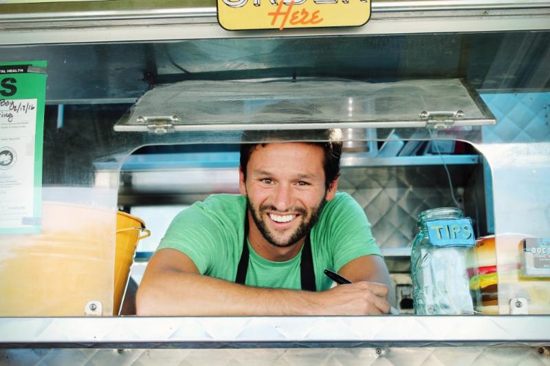 ©tigerrulezzz photography Zak of Doc's Classic Comfort Food Truck