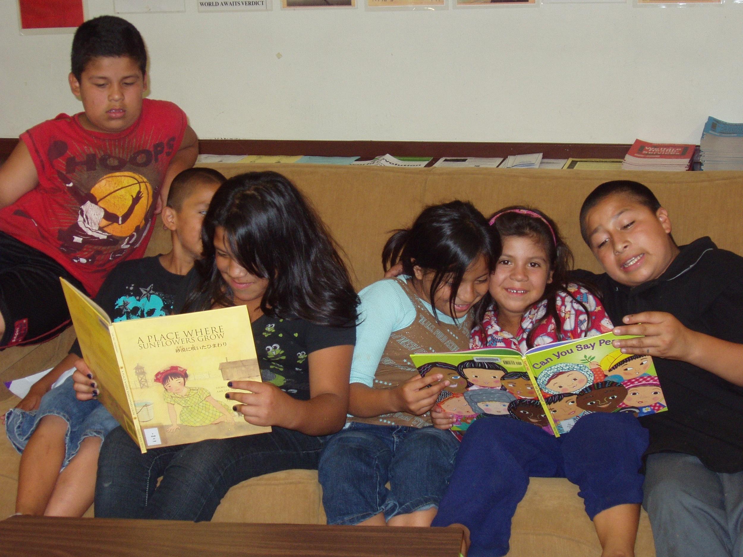 childrenreading.jpg