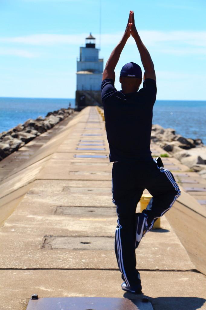 Jonathan_Tree_Lighthouse_Back-682x1024.jpg
