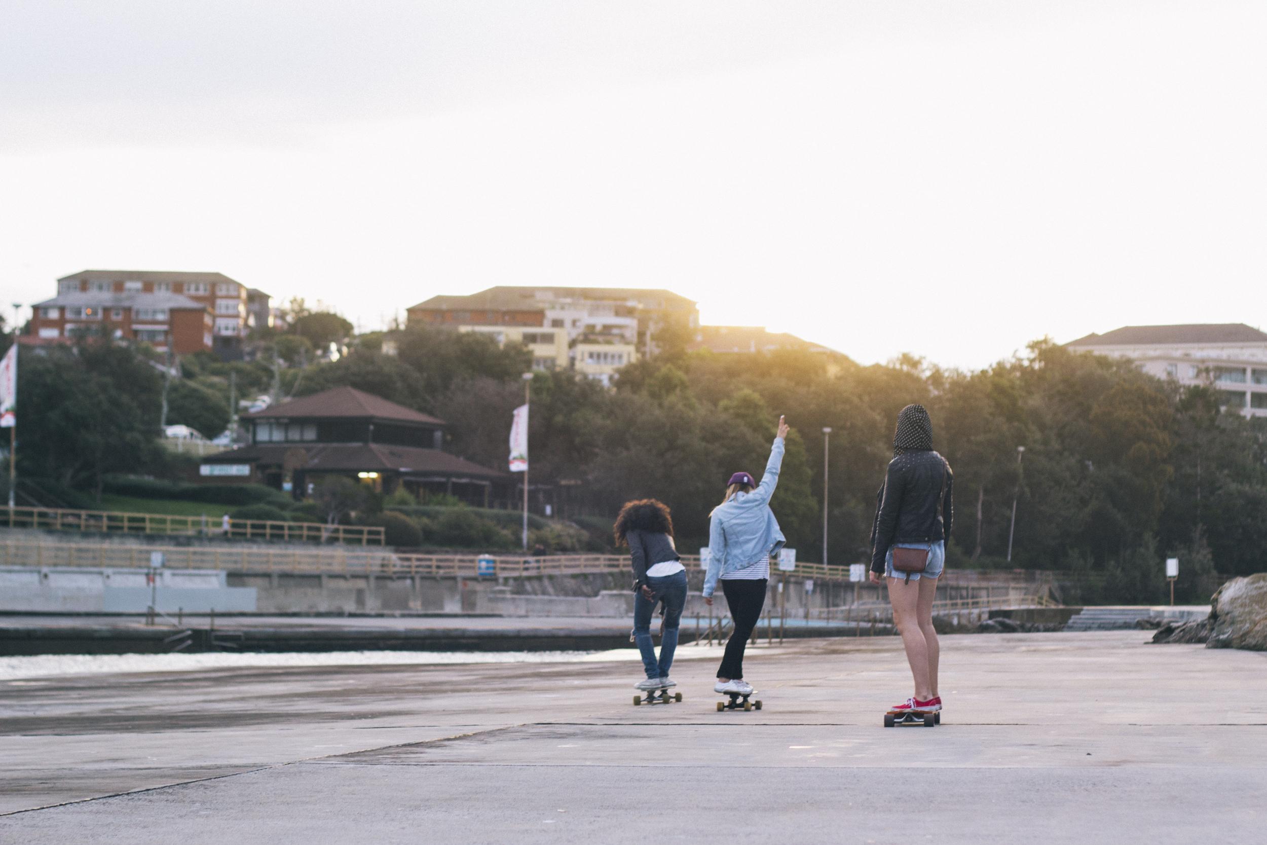 skateboarding girls clovelly beach