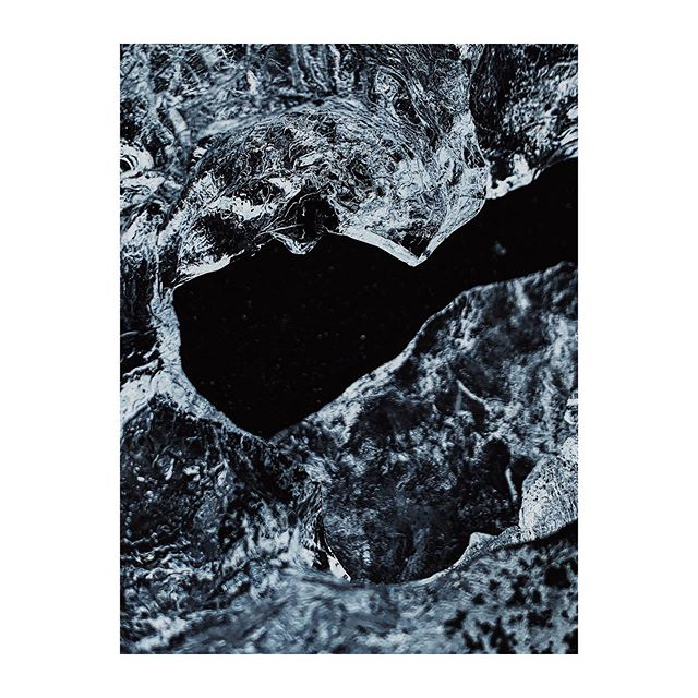 Iceland 🇮🇸 . . . #iceland #icelandtrip #visiticeland #guidetoiceland #wheniniceland #iceland🇮🇸 #icelandroadtrip #icelandscape #landscapephotography #landscape #icelandtravel #traveliceland #icelandicnature #lostiniceland #VSCO #vscofilter #vscocam #abstractart #abstraktekunst #abstraction #abstracts #abstrakt #abstract #abstractphoto #abstractphotography