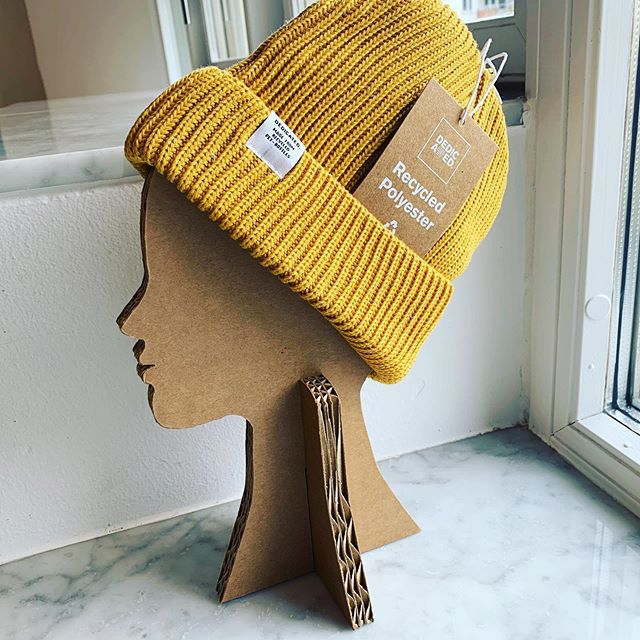 Do you like our #recycled displays for hats at the hotels? Made from old shipping boxes and the @dedicatedbrand hat for recycled fabrics #hotelretail #hats #winter