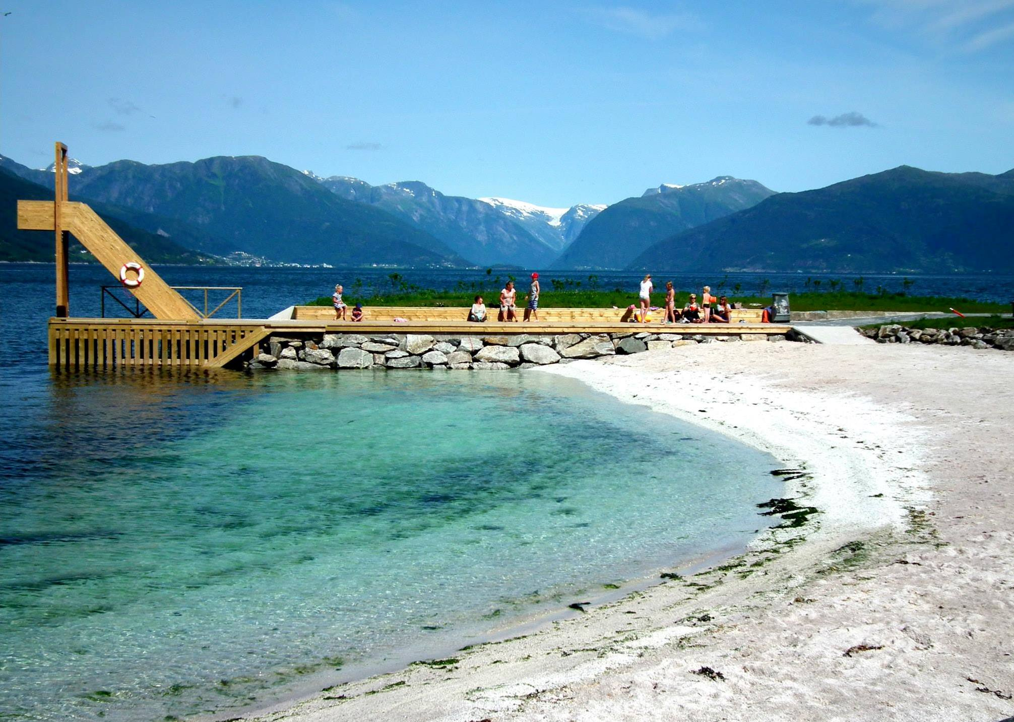 For children - Want to go for a swim or just hang out by the fjord? Down by the docks there is a beach and places to sit and enjoy the fjord view. If you ask us we can also point you in the direction of the arenas for soccer, beach volleyball and playground!